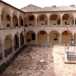 Assisi italy courtyard after a ski week tour in italy with morningstar ski tours
