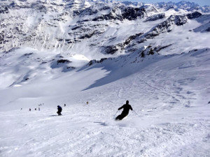 skiers backcountry pano
