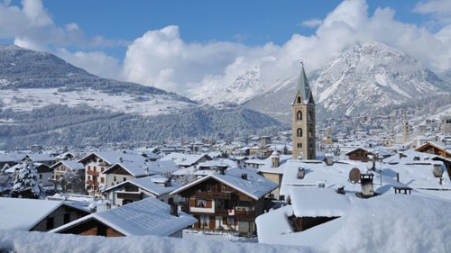 Bormio is a very old beautiful village that happens to have a very nice ski resort next to it. It offers Italian charm, good shops and restaurants, and good ski areas at its doorstep and very close by.