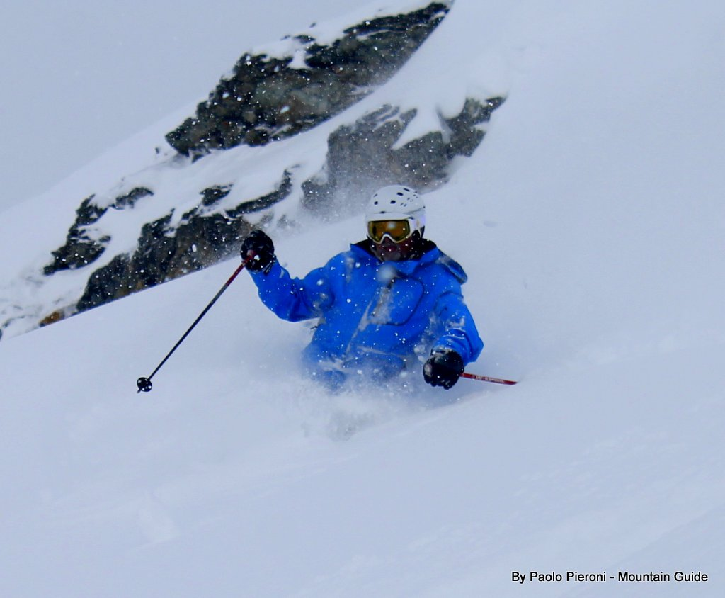 Jeff chowing down on some tasty Monte  Rosa powder. What a day!