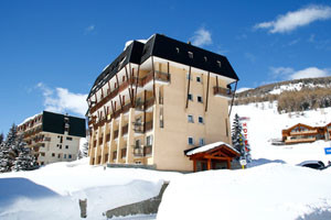 The Olympic hotel is a rarity, offering ski in / ski out convenience at a great value price for our group.
