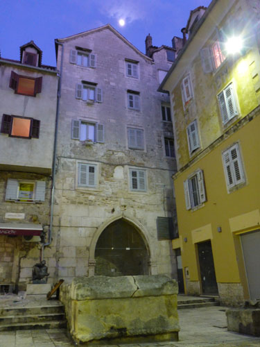 Split at night is magical.