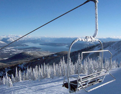 A plethora of great views await you at Schweitzer. Great skiing and great panos!