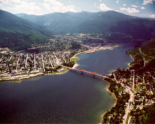 Nelson is on the shores of the largest lake in B.C. Our hotel is right on the lakeshore.