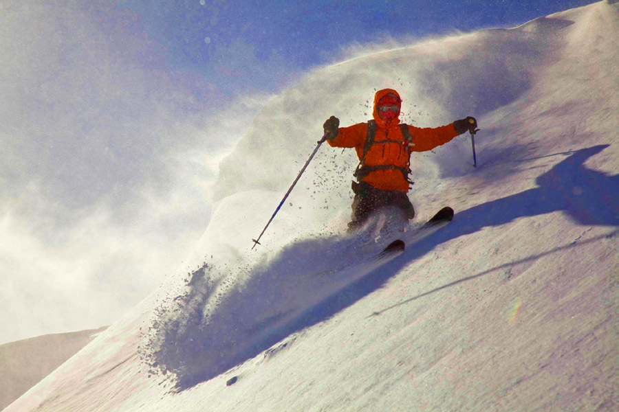 Powder, pasta, and wine: now THERE is a winning combo! Alpine guide Paolo rips up some perfect Italian Alps powder on a past Mt. Blanc tour. It really can be this good in Italy.