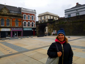 Deb enjoys a stroll in Derry after lunch.