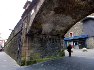 One of the city gates in the old wall.